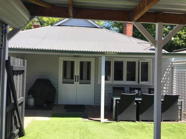 Photo: Lucy's Cottage Melbourne