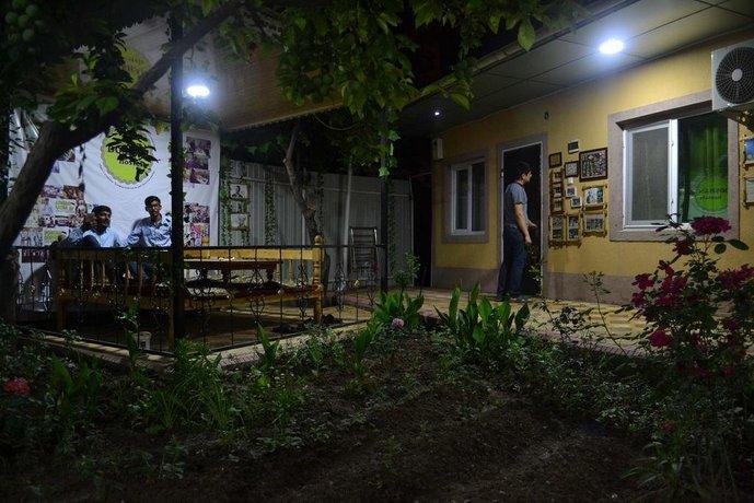 Doshan Hostels