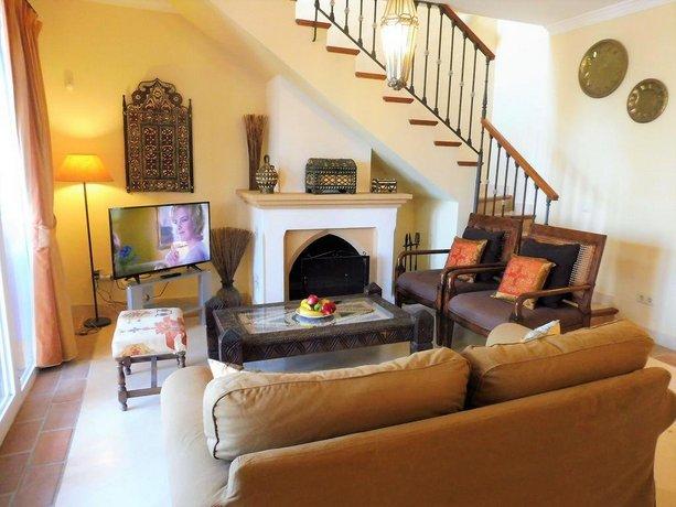 Apartamentos Albayt Beach Casares: encuentra el mejor precio