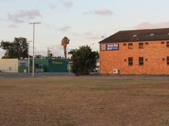 Photo: Archer Park Motel