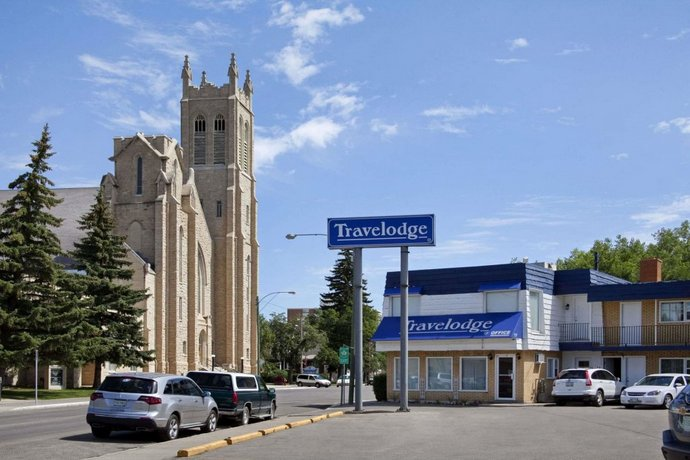 Travelodge by Wyndham Moose Jaw Images