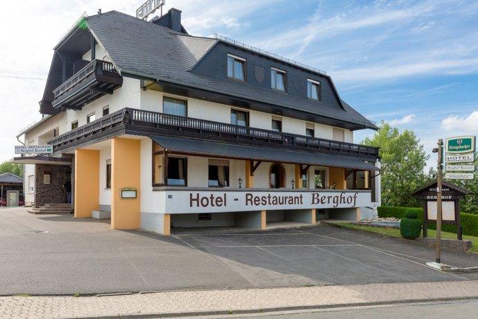 Hotel Restaurant Berghof Sohren Images