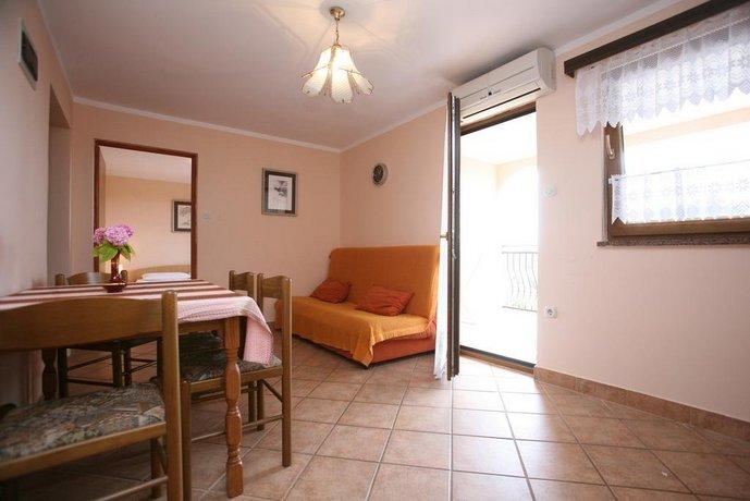 Apartments Neda I - Porec South
