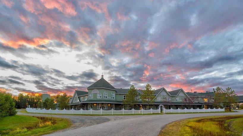 Cedar Meadows Resort & Spa Images
