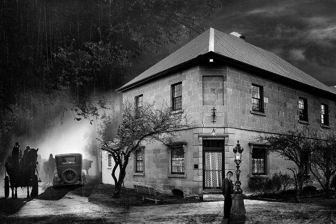 Blue Bell Inn Sorell Images