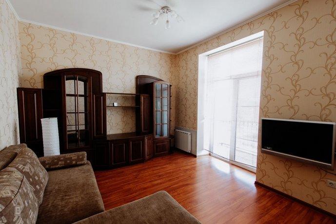Apartment on Metallurgov 49