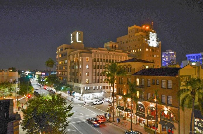 Hotel Royal Long Beach