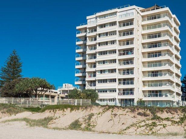 Photo: Beachfront Viscount