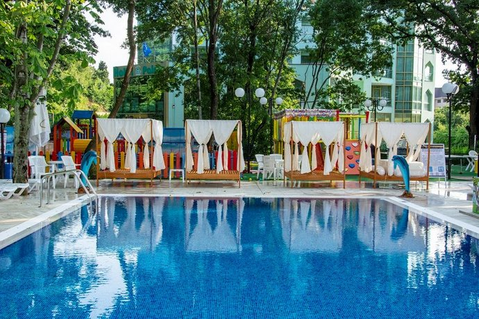 Prestige Deluxe Hotel Aquapark Club   All Inclusive, Golden Sands   Compare  Deals