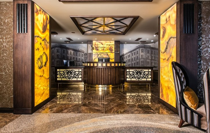 Metropole Hotel by Semarah