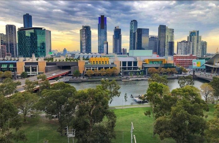 Photo: Melbourne River Views