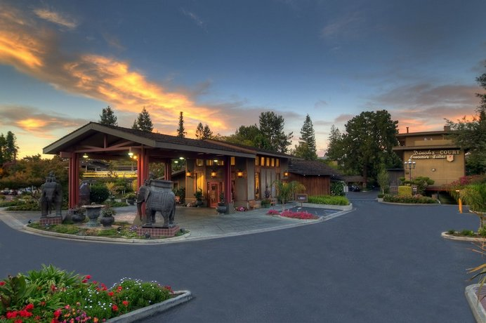 Dinah S Garden Hotel Palo Alto Die Gunstigsten Angebote