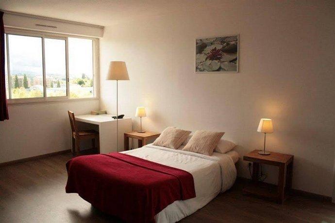 appart 39 hotel victoria garden pau. Black Bedroom Furniture Sets. Home Design Ideas