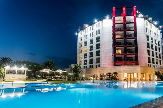 4 Sterne Hotel DoubleTree by Hilton