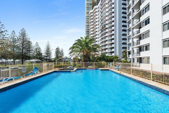 Photo: Sandpiper Apartments Broadbeach