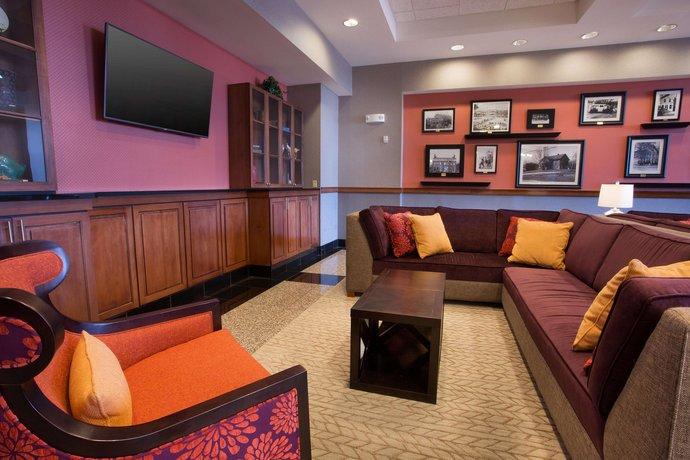 Drury Inn & Suites Cincinnati Sharonville