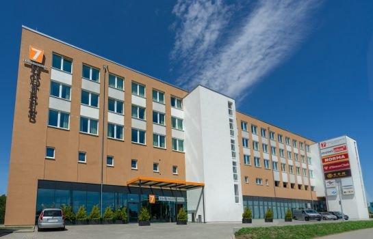 7 Days Premium Hotel Berlin-Schonefeld