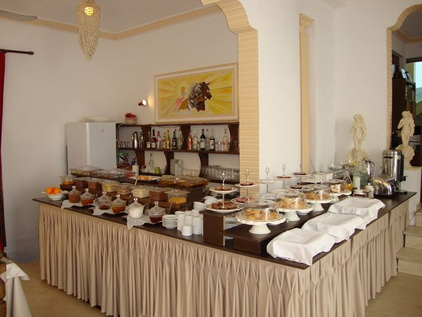 Rachel Hotel Aegina