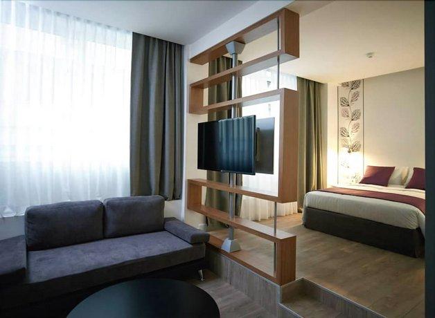 Amazon Hotel Athens