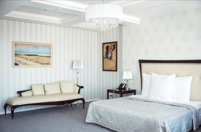 Отель Ost West Club