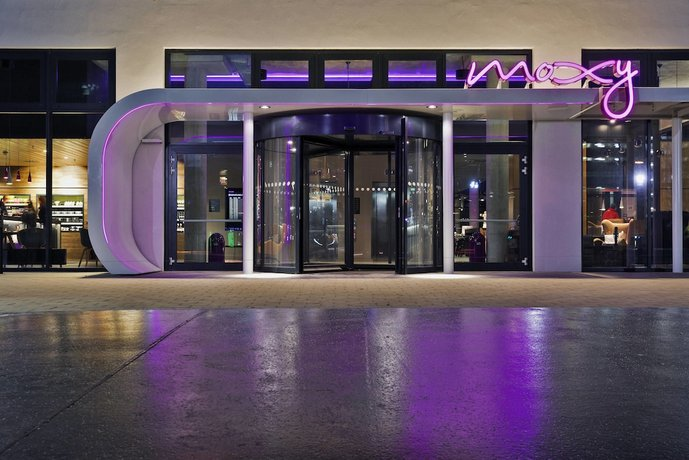 MOXY Vienna Airport Images