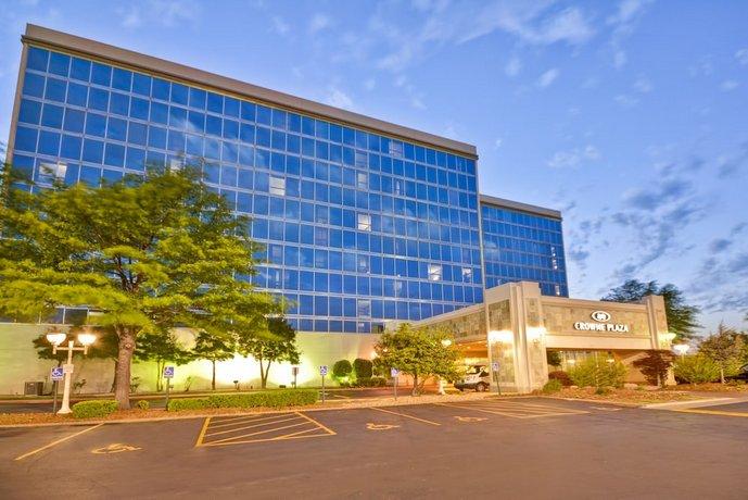 Crowne Plaza Tulsa Hotel Southern Hills