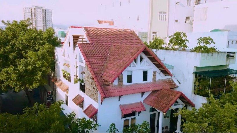 Green Balcony Hostel and Coffee Da Nang