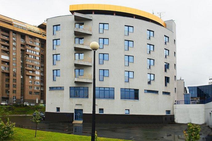 Отель Дивс