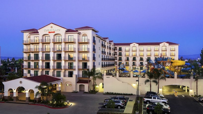 Courtyard By Marriott Anaheim Theme Park Entrance Anaheim Compare Deals