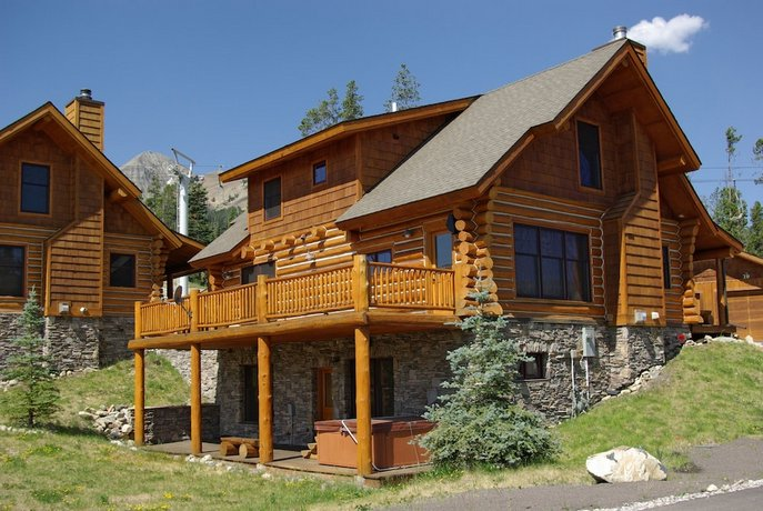 Powder Ridge Cabins at Big Sky Resort