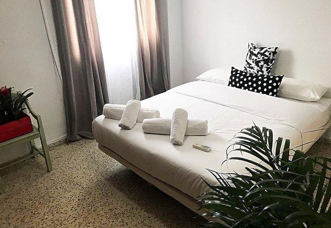 Gifsa Sevilla - Parque Alcosa Images