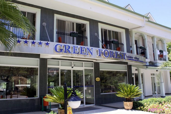 Green Forest Hotel
