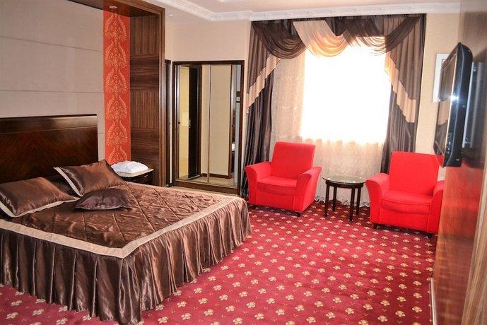 Отель Shera