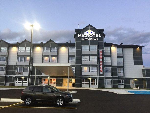 Microtel Inn & Suites by Wyndham Kirkland Lake Images