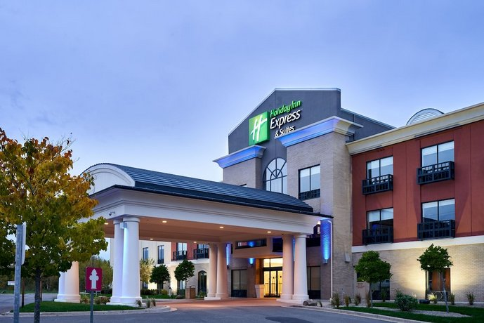Holiday Inn Express Hotel & Suites Dieppe Airport Images