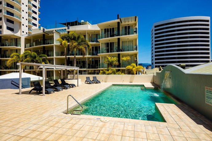 Photo: Jack & Newell Cairns Holiday Apartments