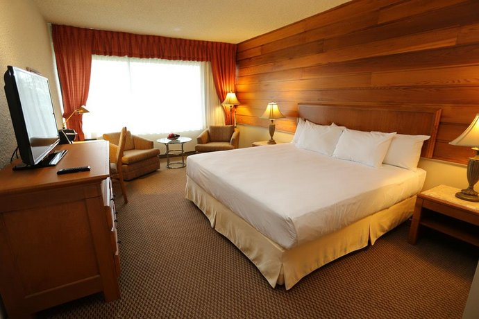 Hotels Gouverneur Sept-Iles Images