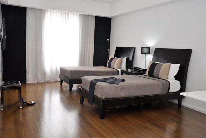 Broadway Hotel & Suites
