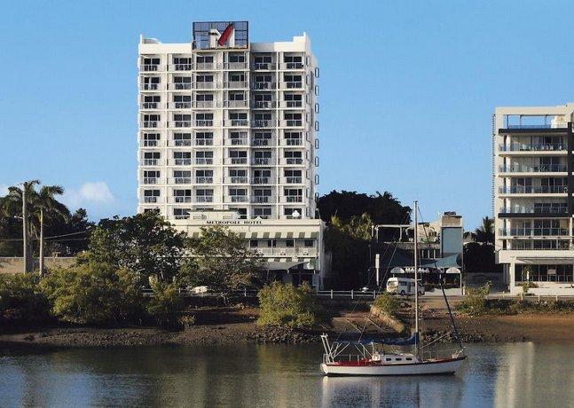Photo: Oaks Metropole Hotel