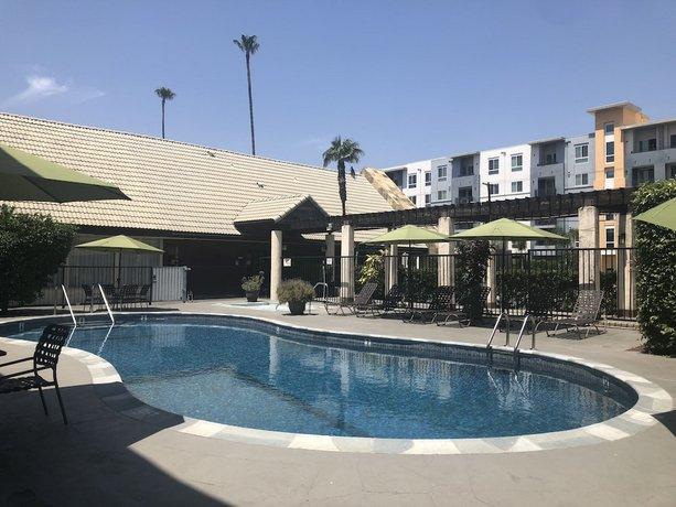 Mikado Hotel Los Angeles