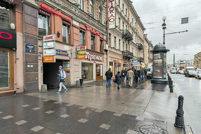 Отель Друзья на Невском