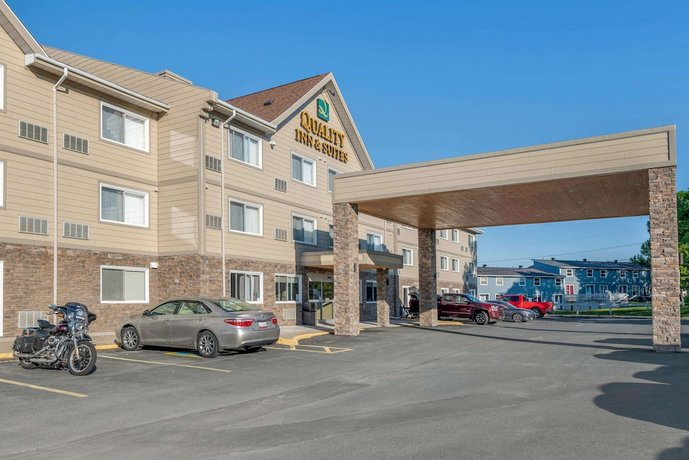 Quality Inn & Suites Bathurst Images