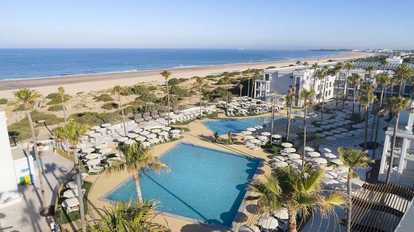 Hotel Barrosa Park, Novo Sancti Petri: encuentra el mejor precio