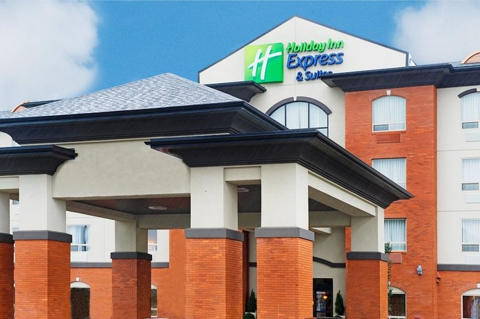 Holiday Inn Express Hotel & Suites - Slave Lake Images