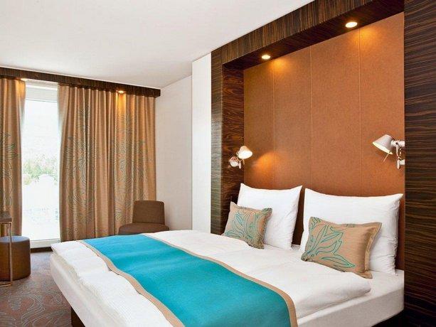 Motel One Munchen-Campus