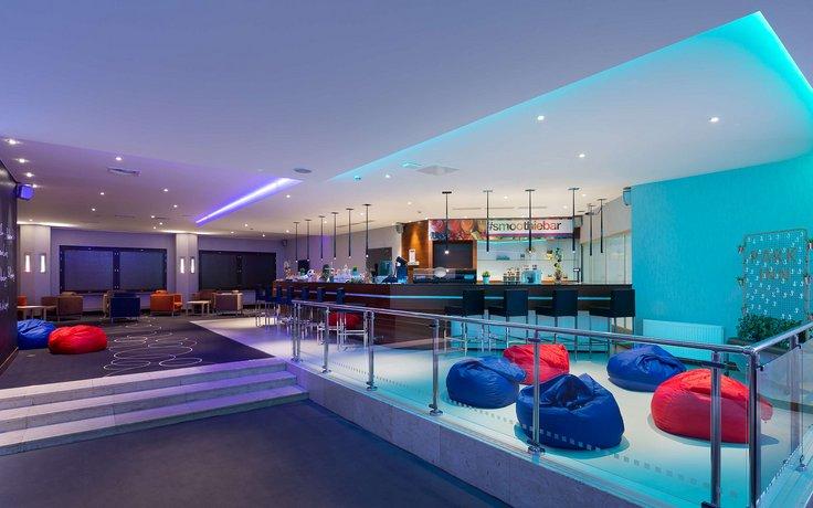 Отель Park Inn by Radisson Pulkovskaya Hotel & Conference Centre