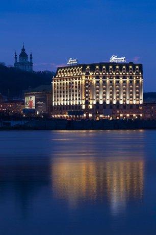 Гранд-отель Fairmont Kyiv