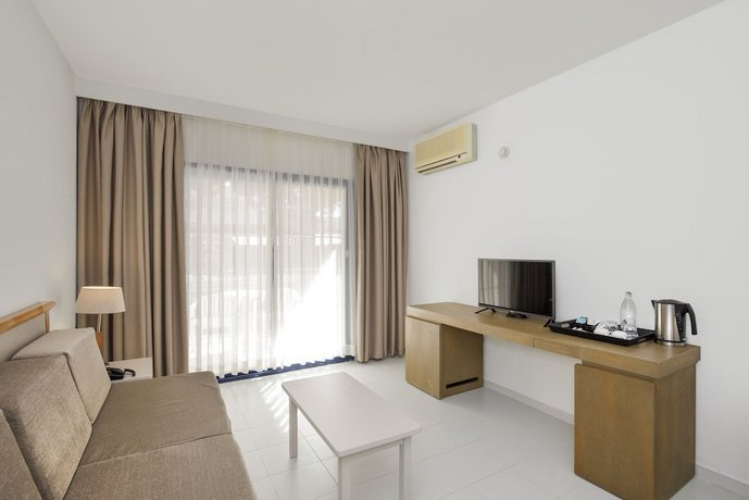 Apartamentos Sol Sancti Petri, Novo Sancti Petri: encuentra el ...