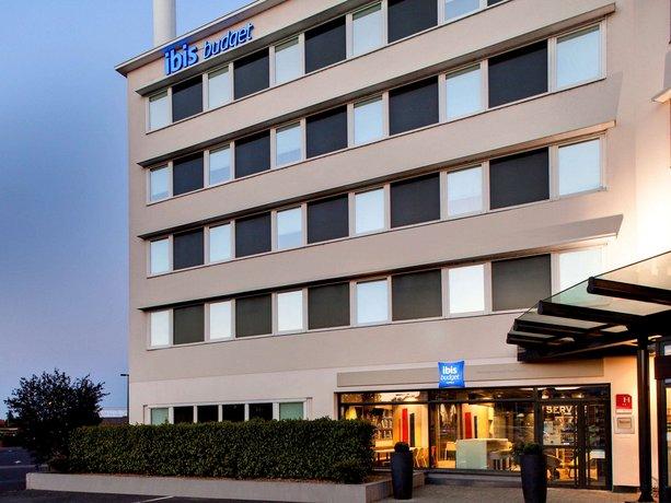 Ibis Budget Clermont Ferrand Centre Montferrand Ex Etap Hotel Images