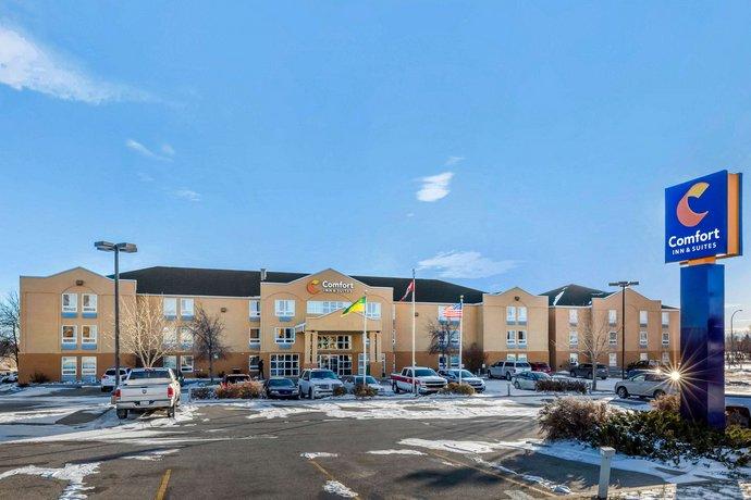 Comfort Inn & Suites Moose Jaw Images
